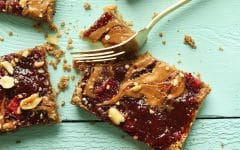photo of peanut butter strawberry oat bars